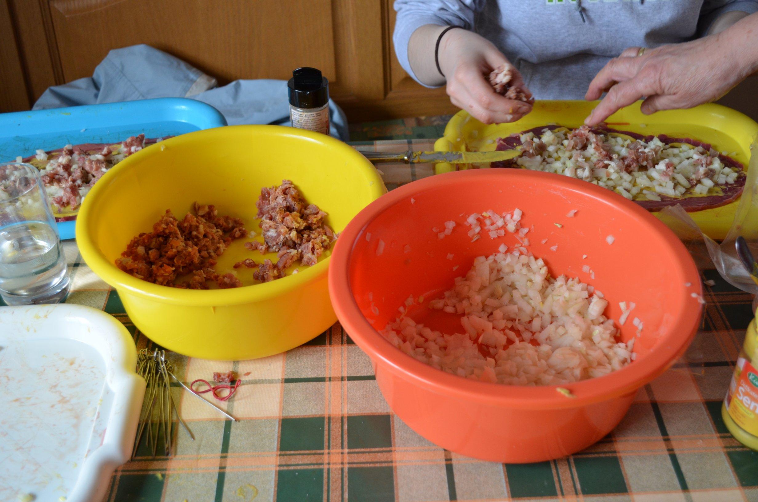 Rouladen und Klöße mit Rotkraut - Easter Menue
