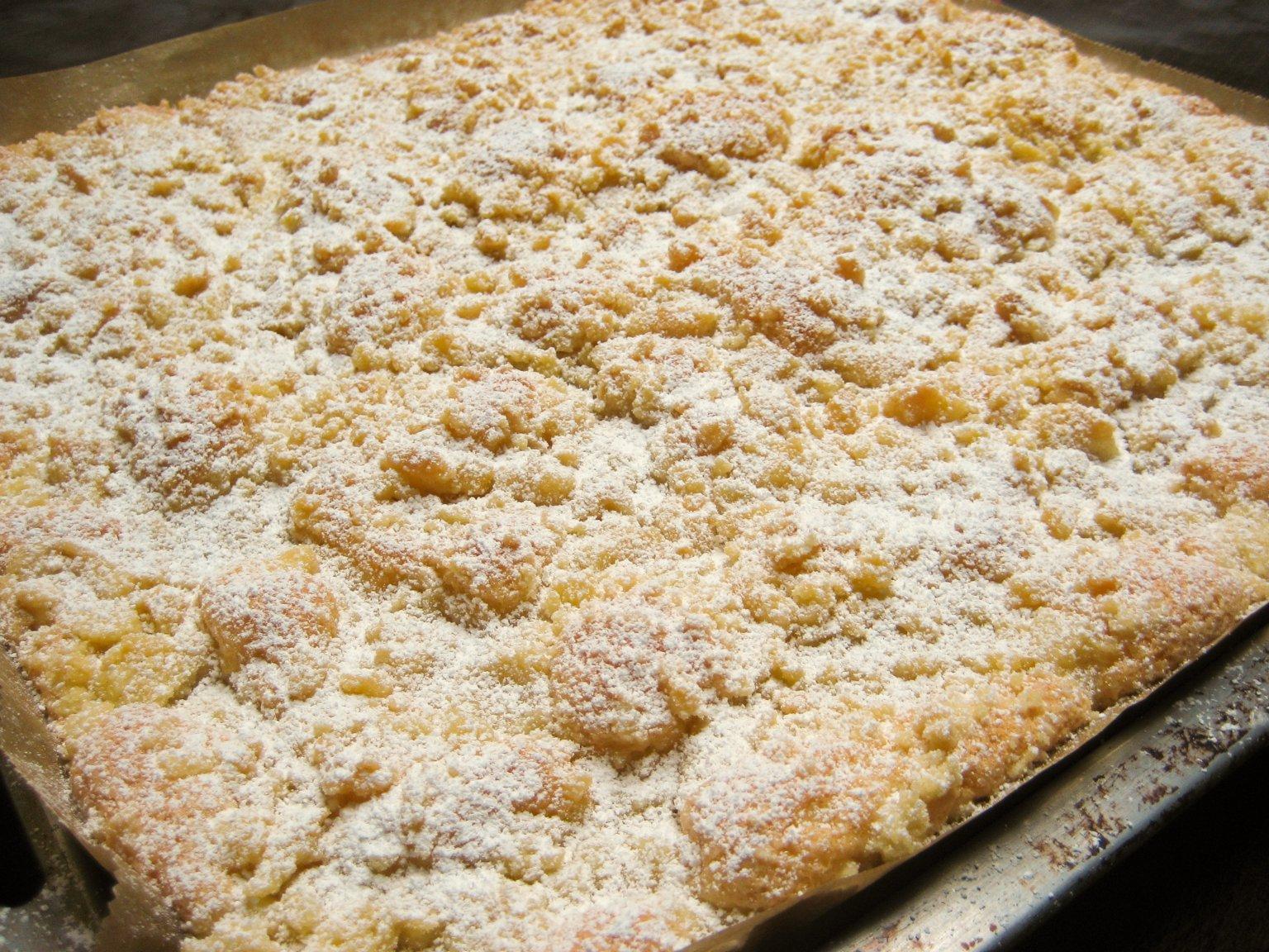 Ratz-Fatz Streuselkuchen. crumble/streusel cake from gingerlemonandspice