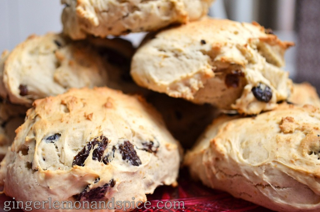 Around The World, Week by Week: Ireland -  Irish Breakfast Scones by gingerlemonandspice