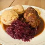 Rouladen und Knödel – A Traditional German Holiday Dish